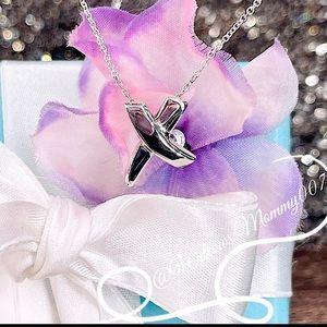Tiffany & Co. Paloma Picasso Graffiti X Kiss Necklace in Sterling Silver